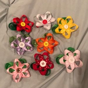 Other - 8 Flower Hair Clips